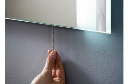 Řetízkový vypínač k LED zrcadlu, LED